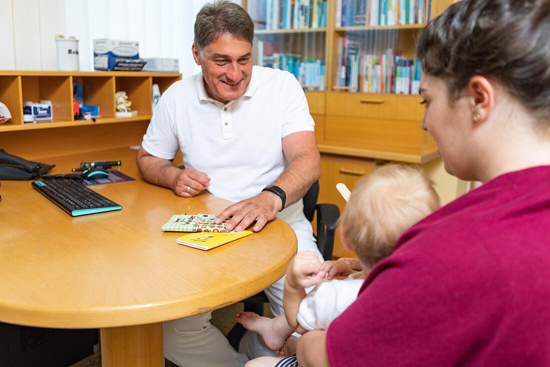 Hausarzt Hallwang - Jungbauer - Leistungen - Mutter-Kind-Pass Untersuchung